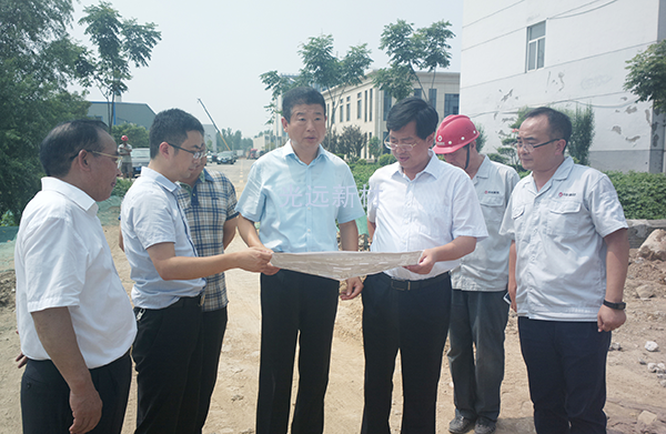 Mayor wang baoyu investigated the construction of guangyuan phase iii and the planning of phase iv and v projects